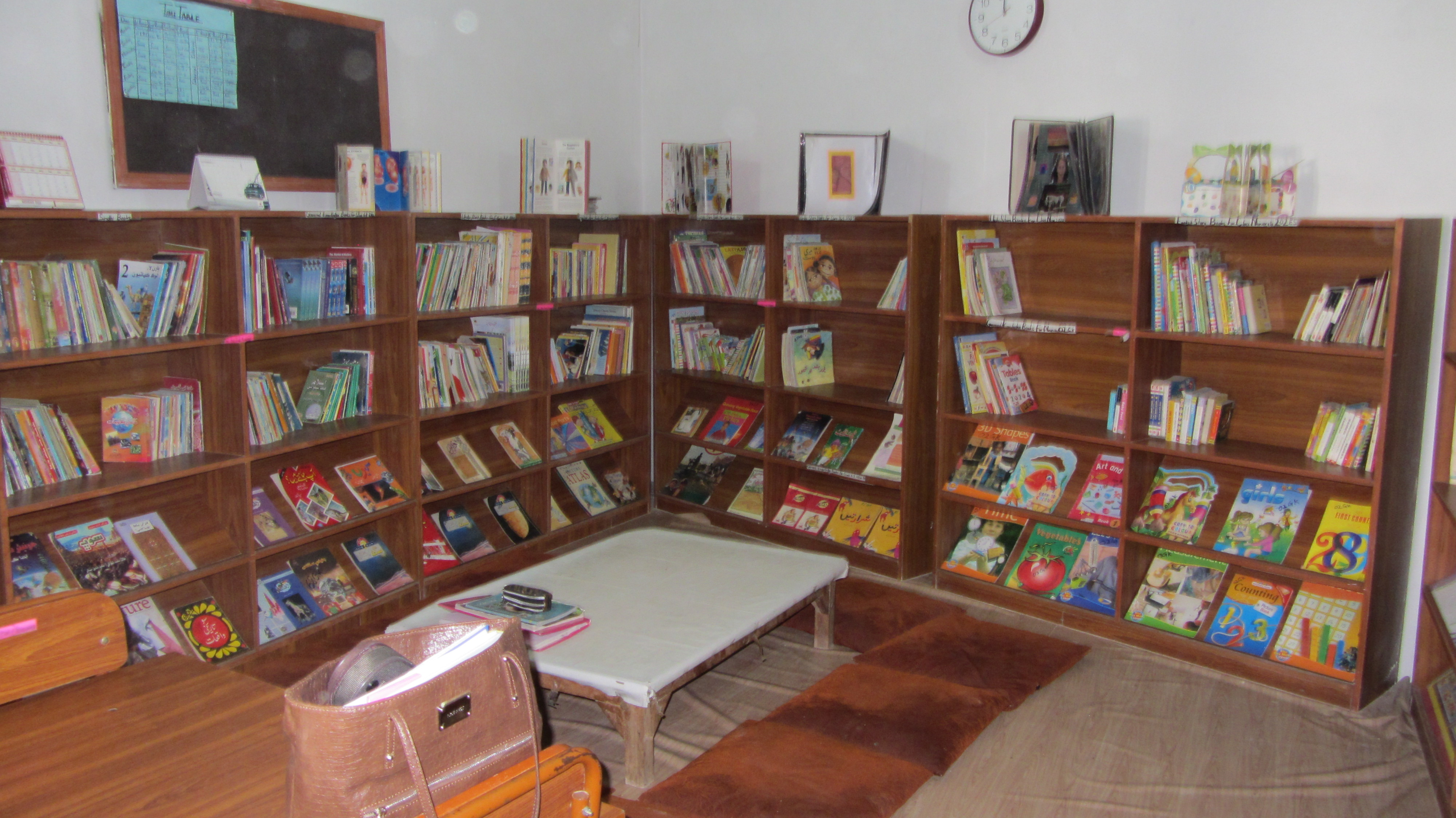 DIL Libraries Cross 80,000 Books in 2013